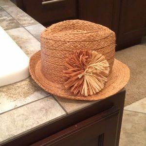 Brand new straw Old Navy hat